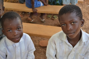 CHRF Donors are helping provide hundreds of meals to children in each week in Burkina Faso!