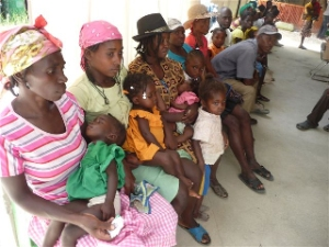The waiting room at the hospital. Many of these mothers have carried their children more then twelve hours walking just to see a nurse.