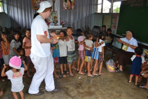 One of the many feeding programs in the Philippines that CHRF helps support!