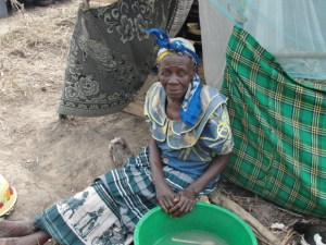 One grandmother in their community gives her grandchildren warm water in order to fool their stomachs, temporarily easing the pain of their little bodies.