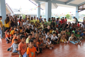 The CHRF Team with many of the children that we help to care for together thanks to the help of our donors!!